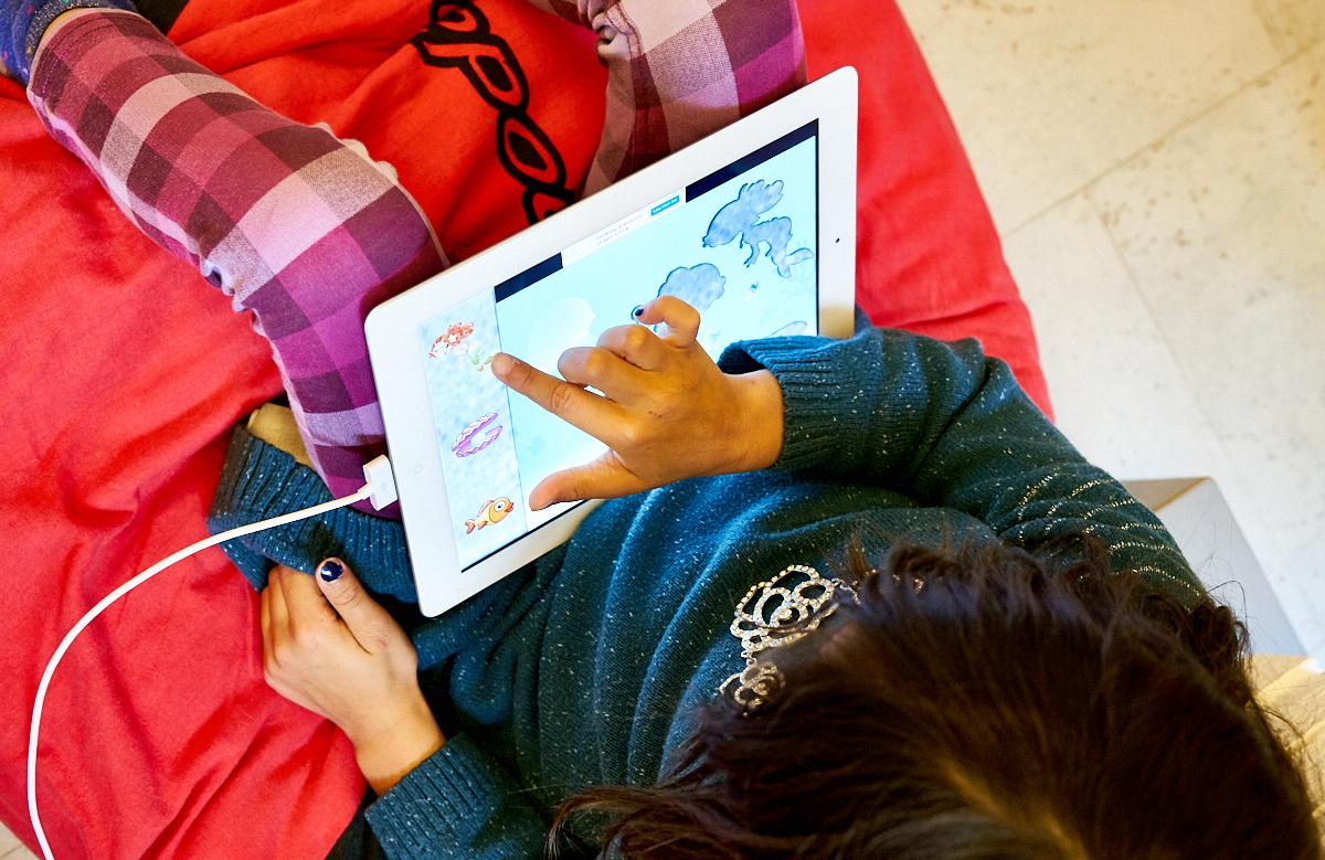 Småbørn_iPad_Holmegaardshuset